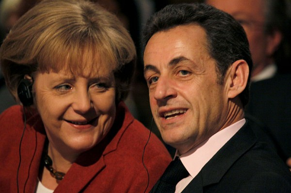 Sarkozy aleja la nube de la crisis de España
