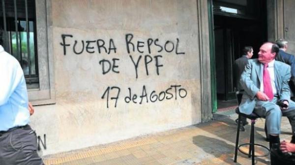 La cortina de humo del petróleo de YPF