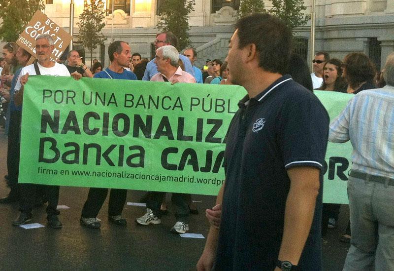 Nacionalizando la banca española