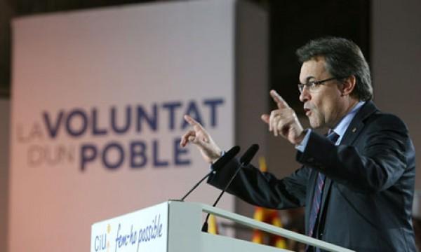 Los recortes pasan factura a la derecha en Cataluña