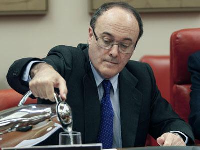Al Gobernador del Banco de España se le entiende todo