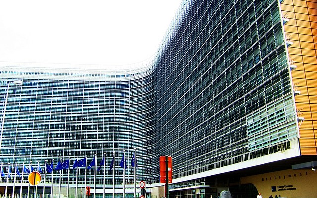 Europa exige reformas y más reformas