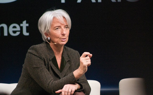Lagarde avisa: la recuperación se está ralentizando
