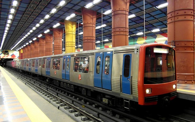 Portugal privatiza sus transportes públicos para cumplir con la Troika