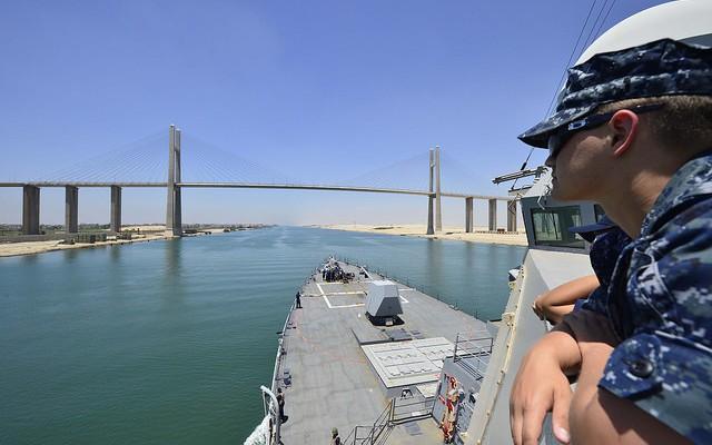 Egipto construirá otro canal de Suez paralelo al actual