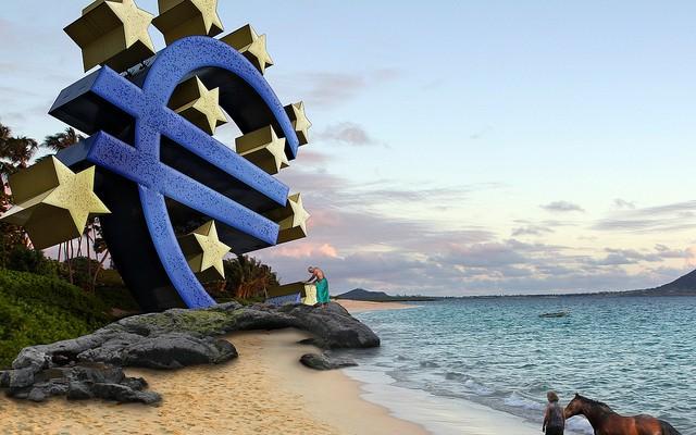 Draghi señala a Ucrania como responsable de la desaceleración económica