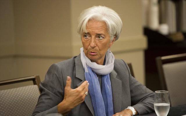 Lagarde, imputada por negligencia cuando era ministra