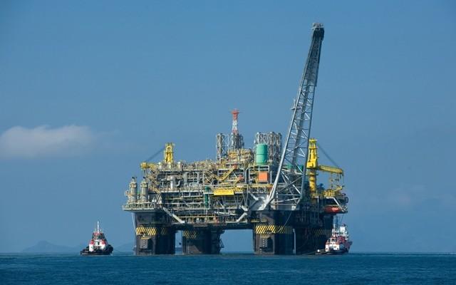 Los empresarios canarios defienden las prospecciones petrolíferas