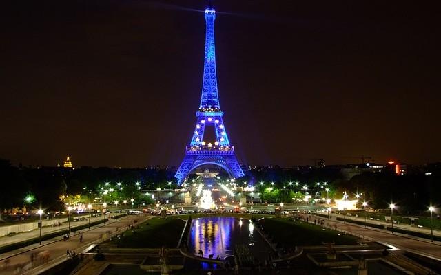 Francia se juega su futuro en la construcción