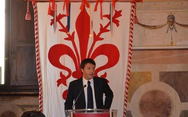Renzi se burla de España
