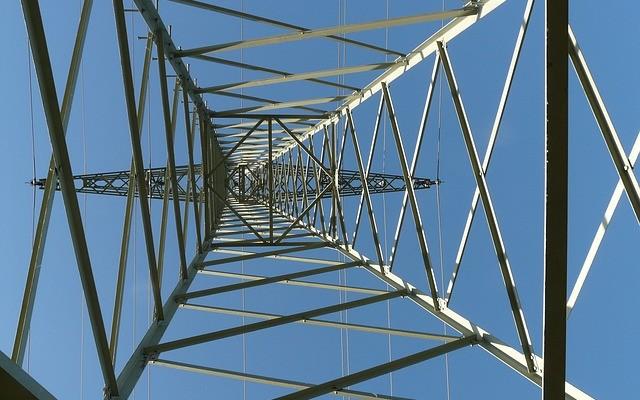 Las empresas eléctricas salen reforzadas de la reforma del sector